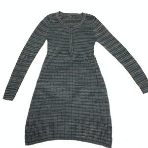Striped Crew Neck Flair Pleated Sweater Dress M